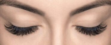 shower with eyelash extensions
